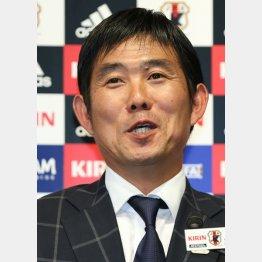 JFAで会見に挑み「可能性のある選手を見たい」とコメント(C)日刊ゲンダイ
