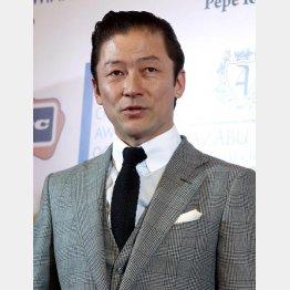 ドラマ「刑事ゆがみ」に出演中の浅野忠信/(C)日刊ゲンダイ