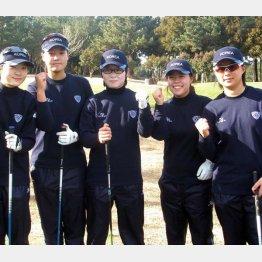 宮崎合宿でのキム(一番右)とチョン・インジ(左から2人目)(提供写真)