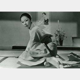 「こつまなんきん」の瑳峨三智子/(C)1960 松竹株式会社
