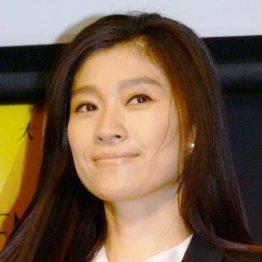 篠原涼子「民衆の敵」大コケ PRに奔走する女性議員の謎