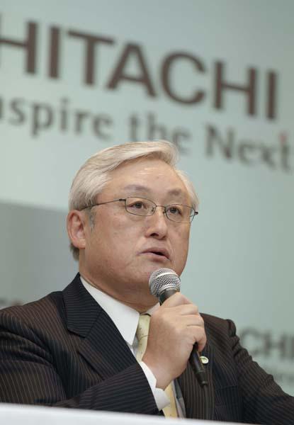 日立製作所の東原敏昭CEO(C)日刊ゲンダイ