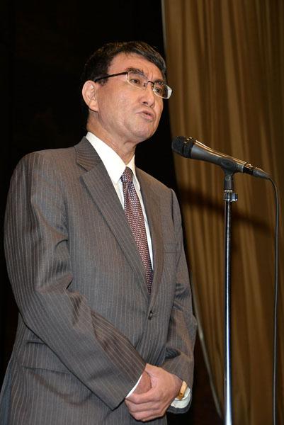 すっかり安倍内閣の一員(河野外相)/(C)日刊ゲンダイ