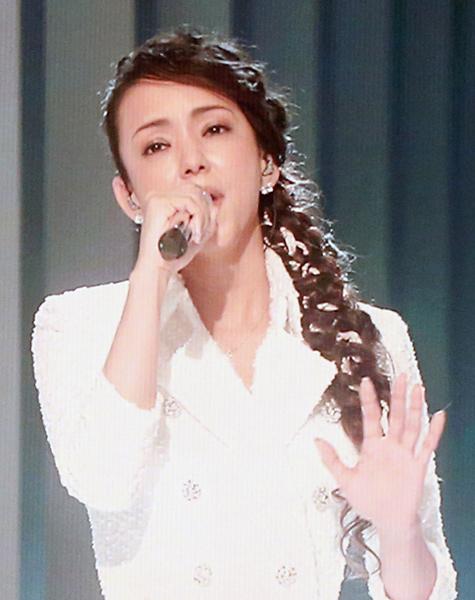 安室奈美恵の出演は叶ったが…(C)日刊ゲンダイ