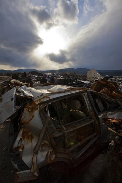 東日本大震災はプレートの跳ね上がり(C)日刊ゲンダイ