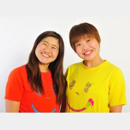 ガンバレルーヤのよしこ(左)とまひる/(提供写真)