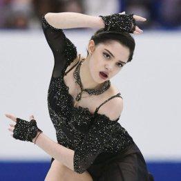 NHK杯女子フリーで演技するメドベージェワ