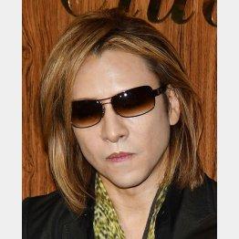X JAPANのYOSHIKI(C)日刊ゲンダイ