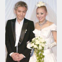 KEIKOとの結婚披露会見時(C)日刊ゲンダイ
