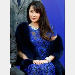 浅野ゆう子は57歳でゴールイン(C)日刊ゲンダイ