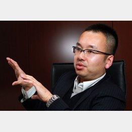 景気回復は「とんでもない誤解」(C)日刊ゲンダイ