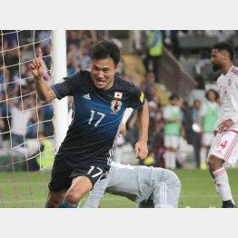 W杯最終予選UAE戦でゴールを決めた瞬間の今野(C)Norio ROKUKAWA/office La Strada