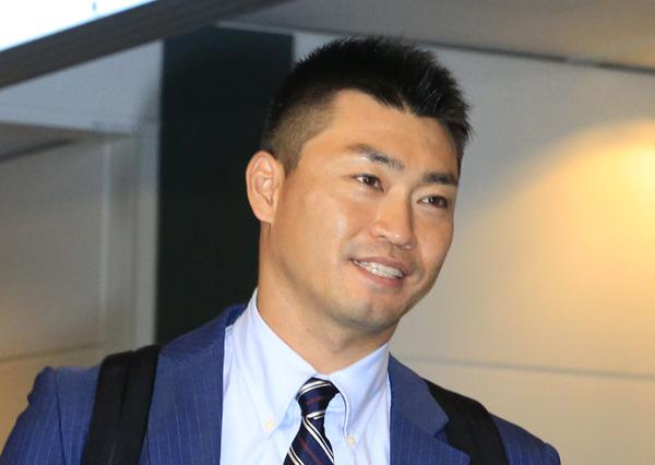 ヤクルト復帰が決まった青木(C)日刊ゲンダイ