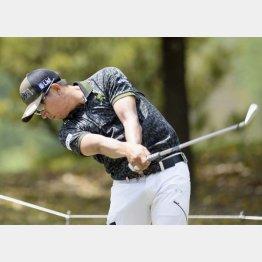 体のターン主体ならゴルフが簡単になる(C)共同通信社
