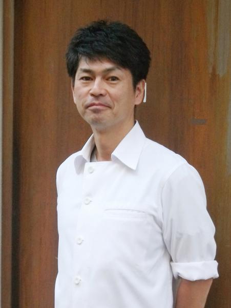 カラーズの加藤吾郎さん(C)日刊ゲンダイ
