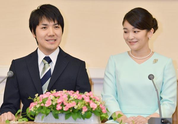 昨年9月の婚約会見(代表撮影・JMPA)