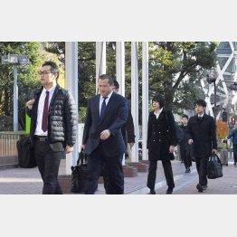 大成建設の本社に家宅捜索に向かう東京地検の係官(C)共同通信社
