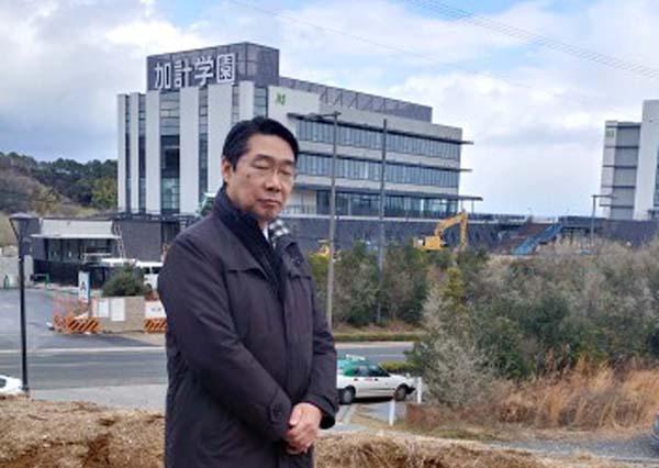 獣医学部のある今治市を訪問した前川喜平前文科次官(提供写真)