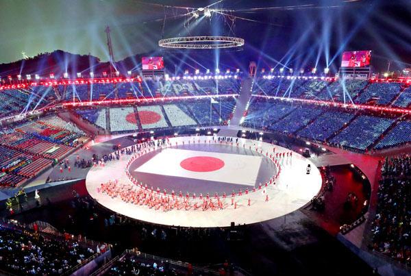 269人の日本選手団は97人が開会式に参加した(C)共同通信社