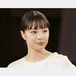 主人公・辻沢ハリカを演じる広瀬すず(C)日刊ゲンダイ