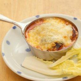 【サバ味噌缶のチーズ焼き】熱々チーズと味の染み込んだサバ味噌は相性抜群