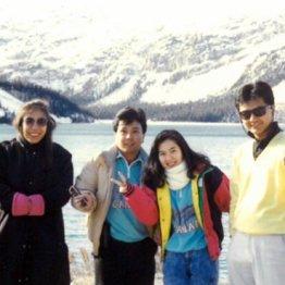 88~89年カナダツアーガイド時代の篠塚社長(右)
