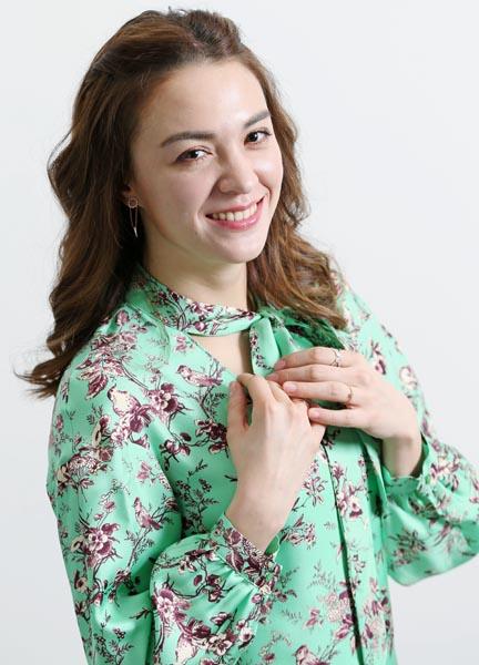 傾国の美女を演じたチャン・ロンロン(C)日刊ゲンダイ