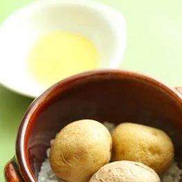 【新ジャガイモの塩釜焼き】素材の味が伝わってくる