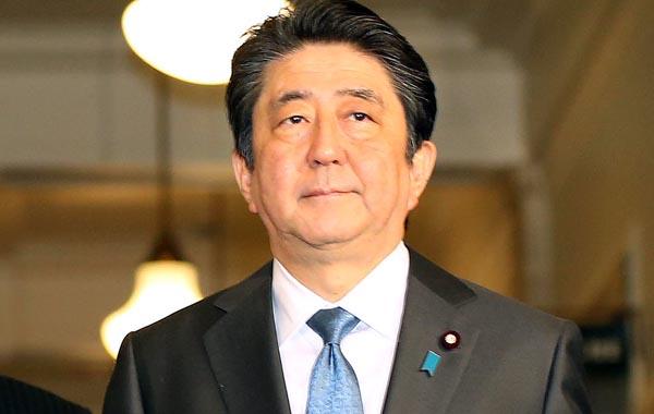真の独裁者まっしぐら(C)日刊ゲンダイ