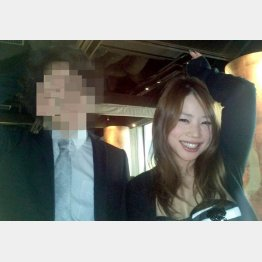 記者時代の鈴木涼美さん(提供写真)