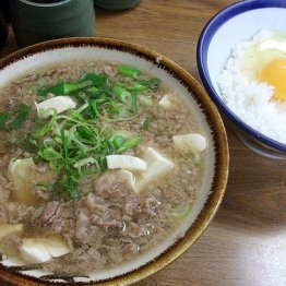 うどん 千とせ本店(難波)花紀京で有名になった大阪名物・肉吸い