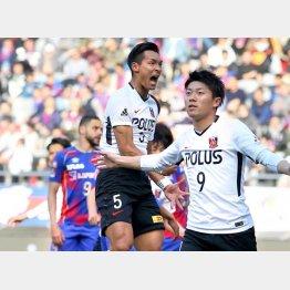 FC東京戦での槙野(央)/(C)共同通信社