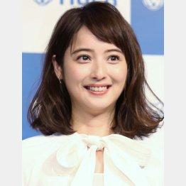妊娠を報告した佐々木希(C)日刊ゲンダイ