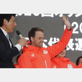 スピードスケートのコーチはオランダ人(C)日刊ゲンダイ
