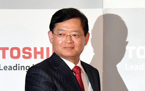 東芝の会長兼CEOに就く車谷暢昭氏(C)日刊ゲンダイ