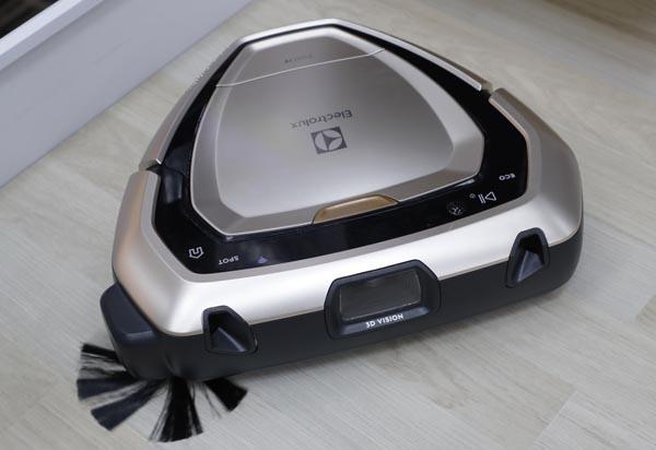 ロボット掃除機PUREi9(PI91─5SSM)/(C)日刊ゲンダイ