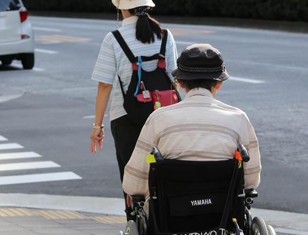 患者の負担を少なく(写真はイメージ)/(C)日刊ゲンダイ
