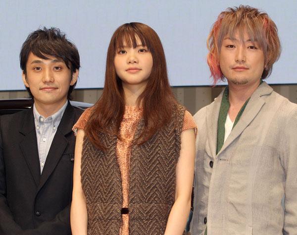 吉岡聖恵(中央)とYUKIがダブって見える(C)日刊ゲンダイ