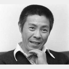 北島三郎の付き人として地方公演に同行したことも(C)共同通信社