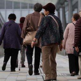 2038年の牛丼店・ラーメン店のお客は高齢者だらけになる