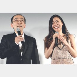 新垣隆氏と中山美穂(C)日刊ゲンダイ