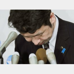 辞任に追い込まれた米山隆一知事(C)共同通信社