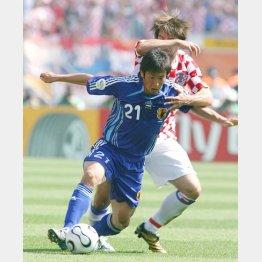06年ドイツW杯クロアチア戦で奮闘するDF加地(C)Norio ROKUKAWA/office La Strada