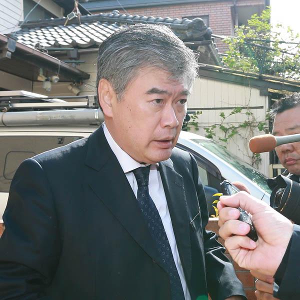 18日に辞任を表明した福田前次官(C)日刊ゲンダイ