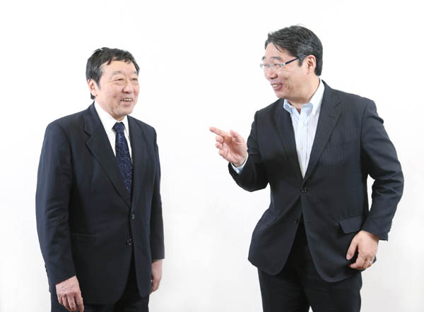 前川喜平氏と寺脇研氏(C)日刊ゲンダイ