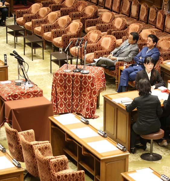野党が欠席した衆院予算委(C)日刊ゲンダイ