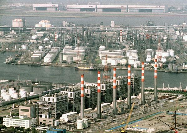 京浜工業地帯に膨大な土地(C)共同通信社