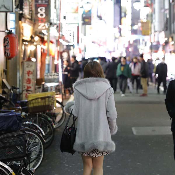 歌舞伎町で第二の人生をスタート(C)日刊ゲンダイ