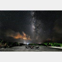 カヤマ島からの天の川の眺め(C)大塚勝久