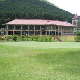 温泉旅館とのコラボ企画でゴルフデビューを後押し